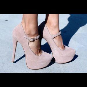 "⛄️STEVE MADDEN ""Viktoree"" blush heel (7.5-8.5)"